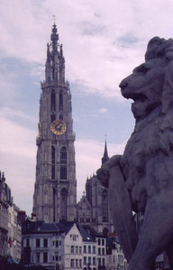 Antwerp-cathedral.jpg